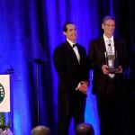 Tom Linebarger recebe prêmio Robert W. Campbell Award