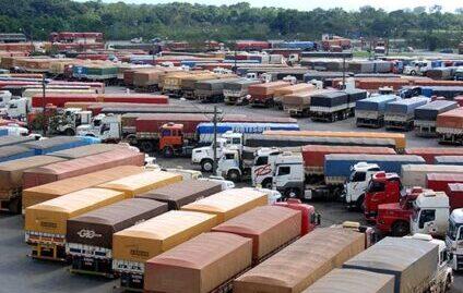 85% dos caminhoneiros gostariam de ter assistência em caso de acidentes